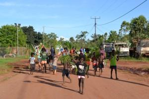 Processie door het dorp